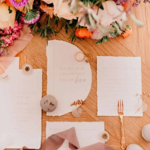 STYLED SHOOT LAVENDER DREAMING