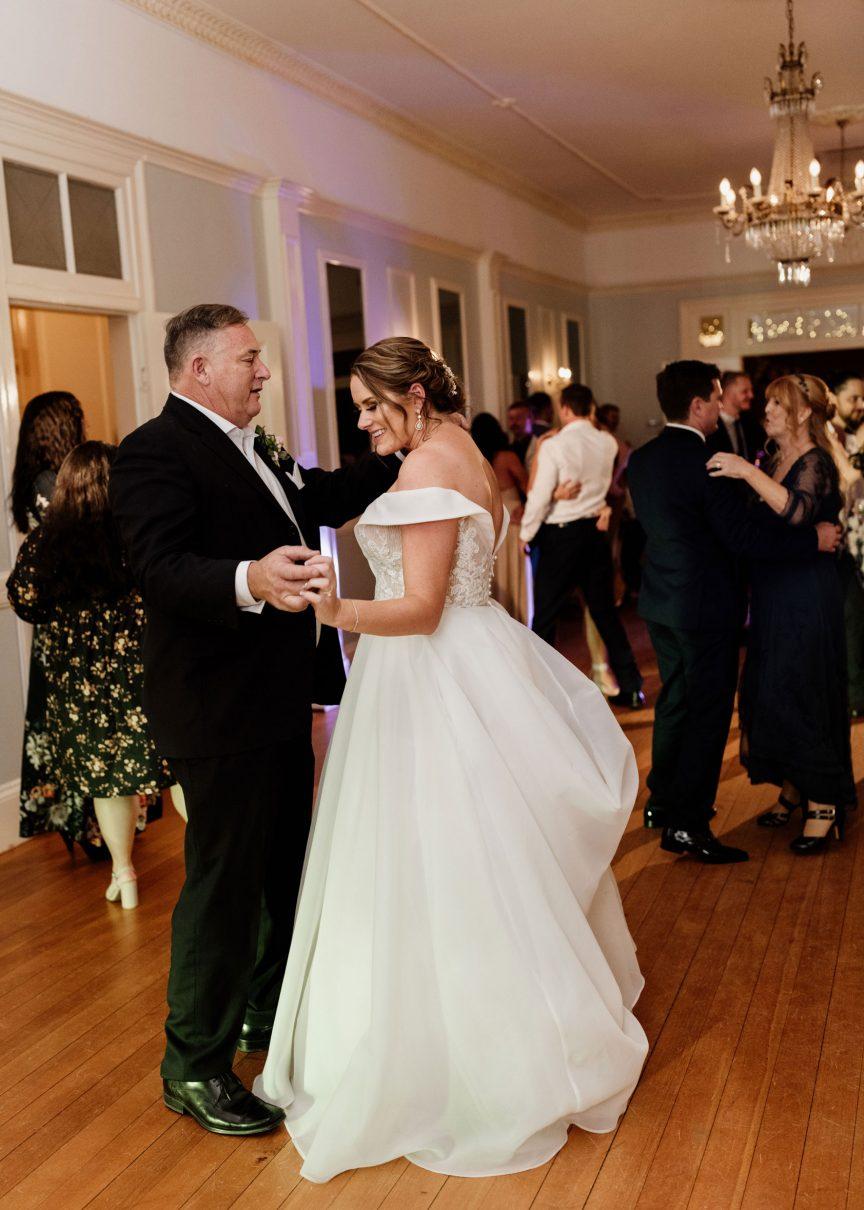 Katie Cameron Gabbinbar Homestead wedding